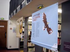 Image de l'Expolibre dans une bibliothèque
